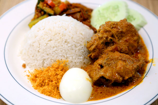 BB Top 10 Food: Nasi Lemak | BB 十大推薦: 椰漿飯